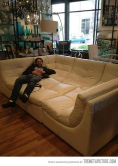 YES!! I love that couch!!