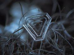 Micro-photography of individual snowflakes - Imgur