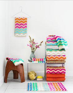 chevron from hm home Osborne And Little, Hm Home, Manta Crochet, Crochet Ripple, Interior Decorating, Interior Design, Farmhouse Furniture, Bathroom Inspiration, Home Accessories