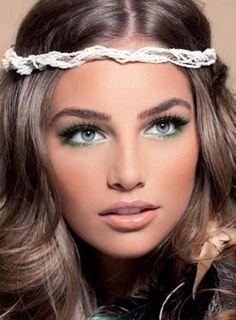 Grüne Lidschatten abendlichen Make up-Frisur Ideen-Silvester Party