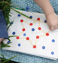 Drawing with cord and buttons, diy toy idea
