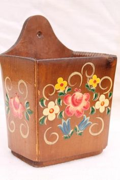 vintage Switzerland carved wood wall pocket box w/ hand painted folk art flowers