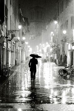 rain in hi contrast photo -good