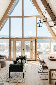 If you are looking for Cabin Living Room Ideas Decor, You come to the right place. Here are the Cabin Living Room Ideas Decor. This article about Cabin Livin. Cabin Interior Design, House Design, Modern Cabin Interior, Modern Cabin Decor, Modern Cabins, Rustic Cabins, Log Cabins, Cabin Chandelier, A Frame Cabin