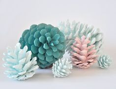Pine cones are a great crafting supply as they are easy, inexpensive, and fun. Start gathering pine cones in the Autumn when they're free. I have used them to decorate at Christmas time and also pain Holiday Crafts, Fun Crafts, Diy And Crafts, Arts And Crafts, Paper Crafts, Diy Projects To Try, Craft Projects, Craft Ideas, House Projects