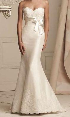 Used Paloma Blanca Wedding Dress 3854, Size 6