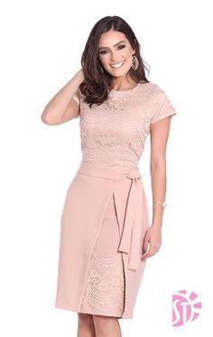 55 Ideas for moda evangelica vestidos executiva Elegant Summer Dresses, Pretty Dresses, Beautiful Dresses, Evening Dresses, Chic Dress, Classy Dress, Classy Outfits, Lace Dress, Dress Outfits