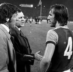 Billy Bonds - John Lyall and Ron Greenwood West Ham United Fc, Windsurfing, Irons, Horse Racing, Football Team, Rugby, Cricket, Equestrian