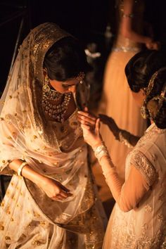 Tarun Tahiliani -- my favourite Designer for Indian wedding attire