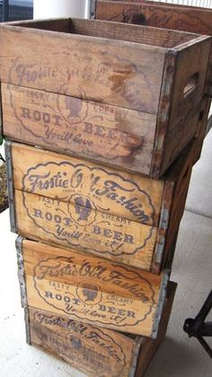 Looking for something to do with those old vintage crates you have lying around? Here are 37 very creative and fun ideas to do with vintage style craft crates. There are many ways to be creative with any type of Vintage Wood Crates, Old Wooden Crates, Vintage Box, Wooden Crate Boxes, Vintage Wine, Vintage Ideas, Vintage Stuff, Vintage Designs, Vintage Crafts