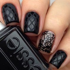 Vampy lacenails using Licorice