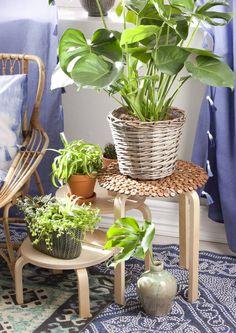 Tuunaa Ikean perusjakkaroista kukkapöytä, joka vkääntyy tilan ja tarpeen mukaan…