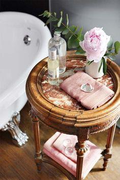 <3 this bath