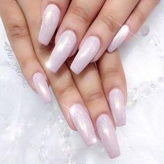 Dreamy nails by Gen @fiinanails_bygen