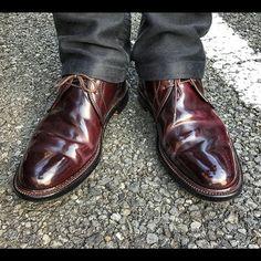 2017/06/09 23:29:20 yutaso24 2017.6.9 ・ ・ 今日の足元は、 ・ ・ 【オールデン】 ・ ・ パンツはフレンチモールスキン。 ・ ・ 久しぶりのチャッカ✨ ・ ・ #オールデン #alden #チャッカブーツ #コードバン #boots #足元倶楽部 #足元クラ部 #革靴 #靴磨き楽しい #経年変化 #スナップ #コーデ #コーディネート #snapshot #shoes #code #fashion #foto #靴磨き #靴下 #pic #picture #camera #cordvan