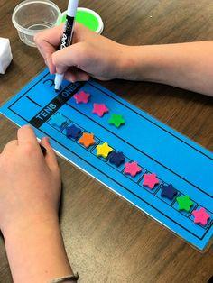Counting Cup Math Mats – Differentiated Kindergarten – Food for Healty Differentiated Kindergarten, In Kindergarten, Math Stations, Math Centers, Teen Numbers, Early Math, Math Games, Math Math, Number Activities