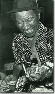 Hound Dog Taylor a few years ago found some of this guys records glad i did if u like the blues check him out Jazz Blues, Blues Music, William Christopher, Joe Bonamassa, Delta Blues, Soul Funk, Muddy Waters, Music Library, Types Of Music