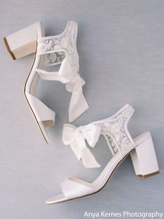 Comfortable bridal heels you can dance in all wedding long! Romantic, luxurious & oh-so-comfortable, the Bella Belle Camilla open toe wedding shoe are the ultimate '12-hour shoe'. Looking for a wide-foot wedding shoe? These would be so perfect, looking dainty & feeling great. #bridal #bridalshoes #weddingshoes #weddingheels #bridalheels #bellabelleshoes #bellabelle @bellabelleshoes Shoe Crafts, Comfortable Heels, Fashion Advice, Happy Shopping, Block Heels, Open Toe, Ball Gowns, Lace, Leather