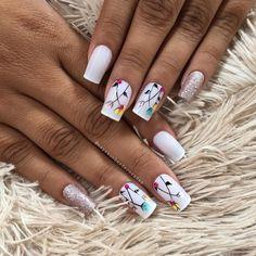 Encontre este Pin e muitos outros na pasta Nail Art Designs de Nail Designs. Gorgeous Nails, Love Nails, Pretty Nails, Fun Nails, Creative Nail Designs, Creative Nails, Nail Art Designs, Nail Time, Rose Gold Nails