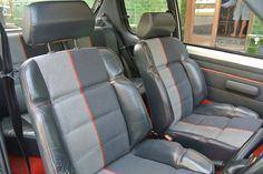 Peugeot 205 GTI 1.9l Phase 1 Half leather front seats