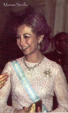 DINASTÍAS | Los Foros de la Realeza • Ver Tema - Los collares de la Reina Sofía