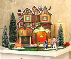 the new advent stable from the 2013 Christmas Wonderland collection of Lemax