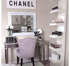 Image via We Heart It https://weheartit.com/entry/150540220/via/12852851 #bed #bedroom #chanel #chic #classy #Dream #girl #girly #makeup #miror #mirror #princess #princesse #room #storage #white #makeupstorage