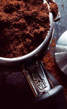 Coffee Is Life, Coffee Love, Best Coffee, Coffee Photography, Life Photography, Promo Flyer, Best Espresso Machine, Coffee Varieties, Popular Drinks