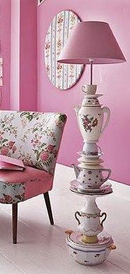China tea pot lamp. I so want to try this, it is so cute.
