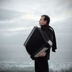 Richard Galliano - Vivaldi: Four Seasons Button Accordion, Piano Accordion, Richard Galliano, Worst Album Covers, Bad Album, Face The Music, Great Artists, The Past, Songs
