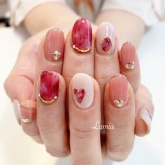 Cute manicure ideas to try. The incredible beauty that you own is simply incomparable which includes your graceful smile, your hot figure, your sexy hair, and your stunning nails. Asian Nail Art, Asian Nails, Korean Nail Art, Korean Nails, Elegant Nail Designs, Cute Nail Art Designs, Short Nail Designs, Colorful Nail Designs, New Year's Nails