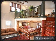 love this bed and breakfast in cedarburg wi. great wine & cheese, fabulous breakfast- washington inn