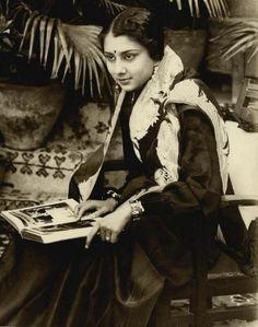 IT'S PG'LICIOUS — #vintageindia: Maharani Vijayraje #india of...