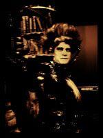 Matkojeni blogi: Hänen Ylhäisyytensä Jonas Saari Vampyyrien tanssi kulisseissa