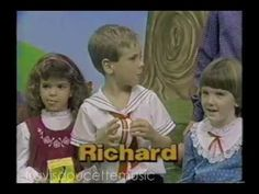 Intro to the popular Canadian version of this classic kid's show from the Romper Room, Kids Shows, Ronald Mcdonald, Rompers, Memories, Classic, Youtube, Fictional Characters, Memoirs
