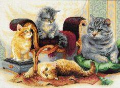 Embroidery felines (Riolis)