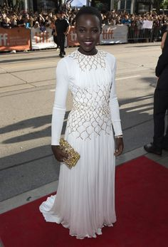 Lupita Nyong'o en robe Prada aux Critics Choice Awards 2014