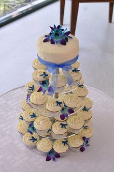 blue and silver mini cupcake wedding cakes - Google Search Exactly what I have in mind