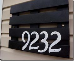 Curb Appeal DIY Address Sign | DIYIdeaCenter.com