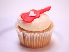 Sweet Tea Cupcakes with Lemon Sweet Tea Frosting Recipe : Food Network - FoodNetwork.com