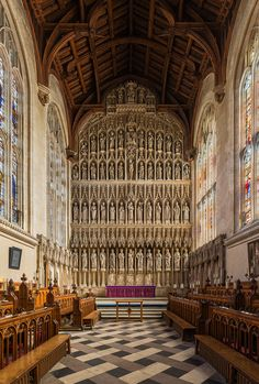 Oxford University boasts many magnificent buildings but which are the best and most beautiful colleges? Here are the top, according to an Oxford student! Oxford Student, Oxford College, New College, Cornwall England, Yorkshire England, London England, Yorkshire Dales, Castles In England, Medieval