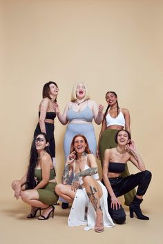 Missguided's New Body Positive Campaign Celebrates Common Skin 'Imperfections' - Beauty Shooting Photo Studio, Galactik Football, Beauty Dish, Photography Poses, Fashion Photography, Children Photography, Corps Parfait, Group Poses, Body Love