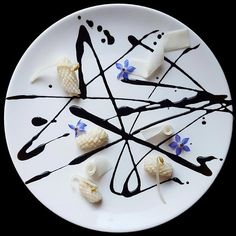 Squid, Pickled Daikon Radish, Bean Sprout, Borage Flower and Squid Ink Sauce Modernist Cuisine, Food Plating, Plating Ideas, Everyday Food, Culinary Arts, Plated Desserts, Food Presentation, Food Design, Food Art
