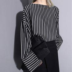 2016 Fashion - Three-Dimensional Cut Striped Blouse