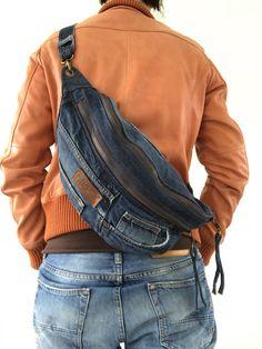 Umfunktionierten Kuyichi Jeans Umhängetasche mit einem Hauptfach, eine Fronttasche und eine Gesäßtasche mit Reißverschluss Mit schwarzem Baumwollstoff gefüttert Ich bin nicht gut in Blödsinn, Sie wissen, dass jetzt. Stellen Sie sich vor, dass die Sachen können Sie in es und wo Sie