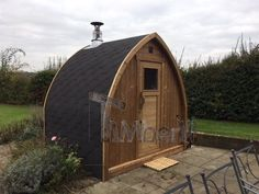 """2 m Small Outdoor Sauna Iglu With Wood-Fired """"Harvia"""" Heater, Peter Gales, Hertfordshire, UK Garden Ideas Uk, Bbq Hut, Barrel Sauna, Outdoor Sauna, Firewood, Outdoor Gardens, Modern, Shed, Relax"""
