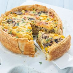 Quiche with peppers and mushrooms - Bell pepper and mushroom quiche – Nice recipes - Brie, Good Food, Yummy Food, Savoury Baking, Blueberry Recipes, Quiche Recipes, Broccoli, Vegan Dinners, Pasta