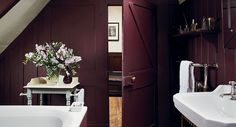 Is Aubergine Having a Moment? — A plum-colored English bathroom from Farrow & Ball. Farrow Ball, Bad Inspiration, Bathroom Inspiration, Burgundy Bathroom, Plum Bathroom, Maroon Bathroom, Purple Bathrooms, Colors, Bathrooms Decor