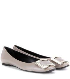 ROGER VIVIER Belle Vivier Leather Ballerinas. #rogervivier #shoes #flats