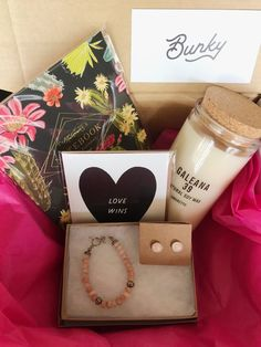 Hey, lovers.  Purchase a limited Valentines Day Bunky Box with optional delivery on  Tuesday, Feb. 14th by the Bunky team!* Let us create a beautiful gift box  for you or your sweetheart.  A Bunky Box is a specially curated gift box filled with items we select  specifically for each individual customer.